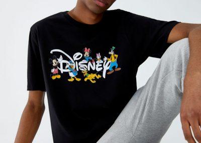 5244502800 2 1 2 400x284 - 10 Colecciones por el 90 Aniversario de Mickey Mouse