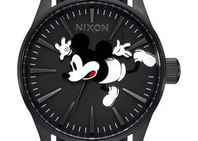 A105 3093 view1 400x284 - 10 Colecciones por el 90 Aniversario de Mickey Mouse