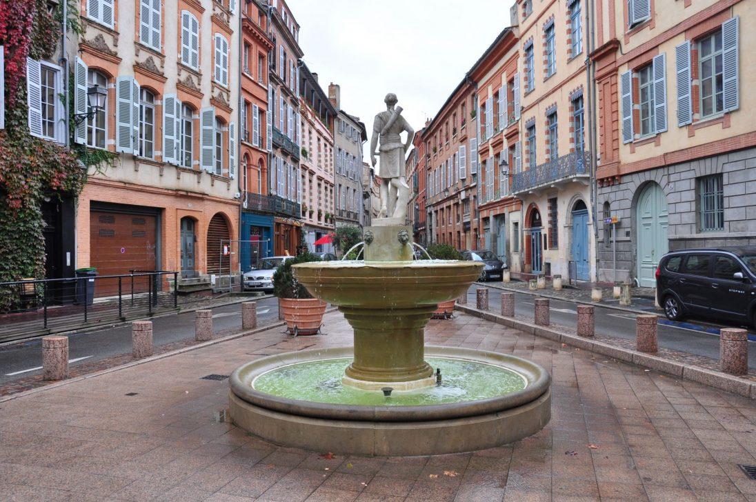 Place Sainte Scarbes Toulouse 1096x728 - Destinos Baratos Nochevieja 2018 Parte 1