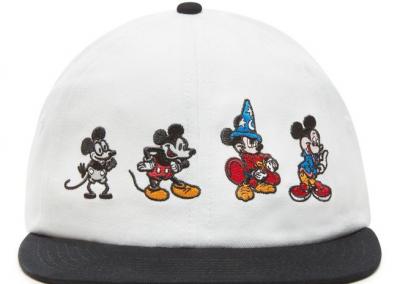 descarga 1 400x284 - 10 Colecciones por el 90 Aniversario de Mickey Mouse