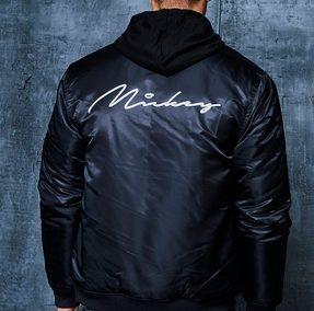 mzz54903 black xl 287x284 - 10 Colecciones por el 90 Aniversario de Mickey Mouse